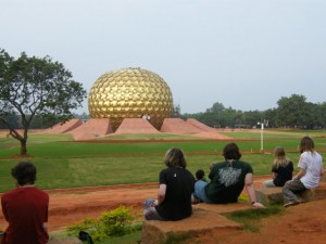 10. Indija