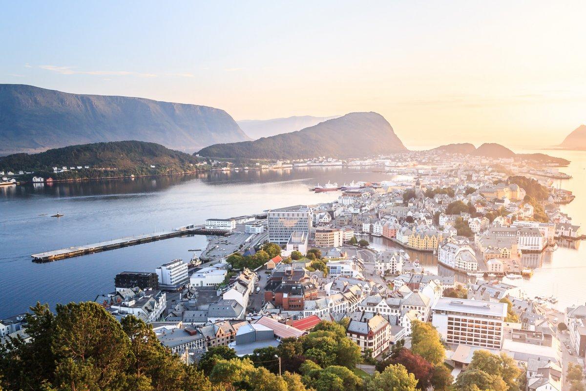 4-norveška