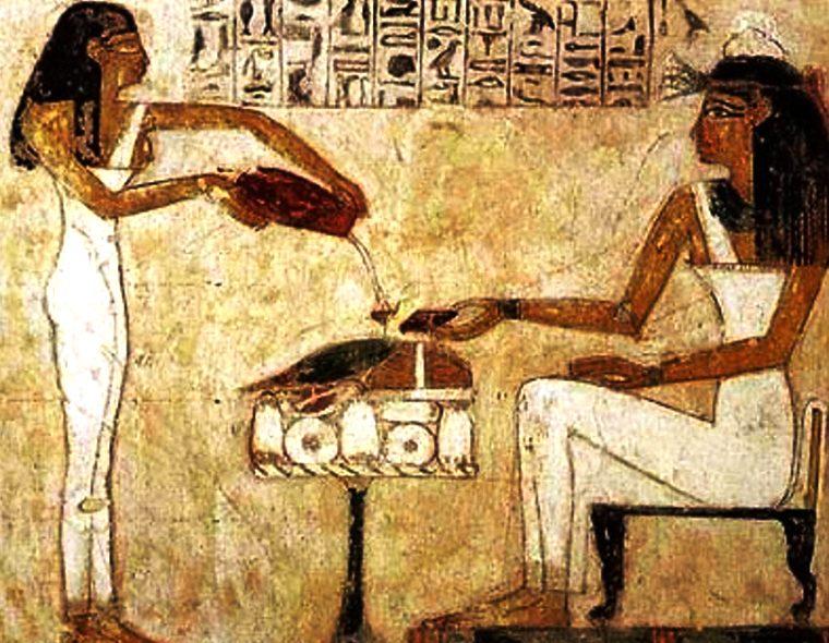 faraoni_pili_alkohol