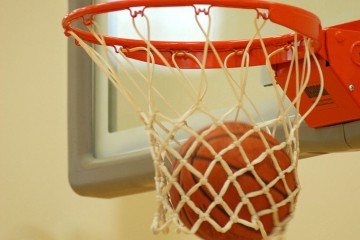 760px-basketball_through_hoop