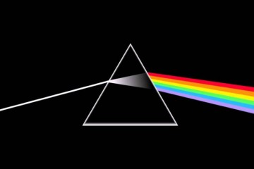 the-dark-side-of-the-moon-pink-floyd-696x437
