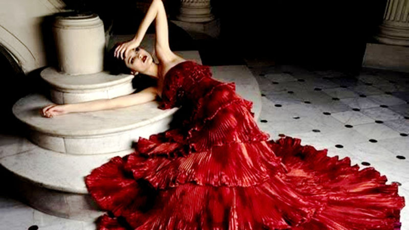 crvena_haljina
