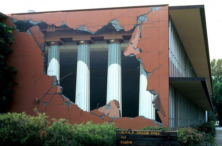 murali_naslovna