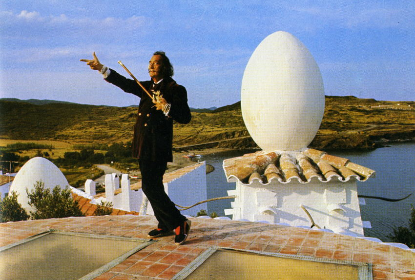 salvador-dali-egg