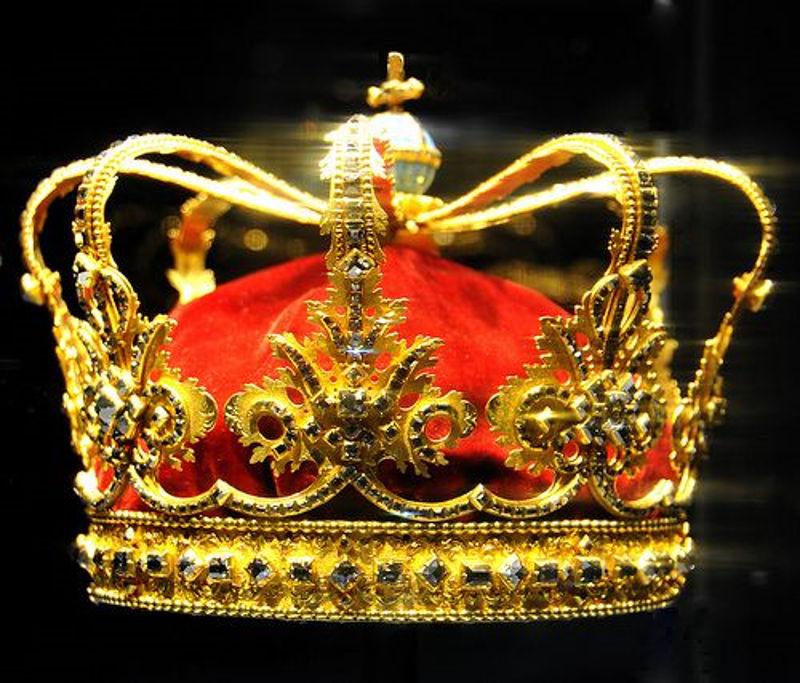 Krune , tiare... - Page 7 Danska_kraljevska_kruna