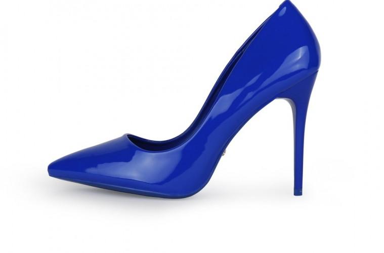 kraljevsko_plava_cipela
