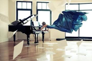 cudni_klaviri_naslovna