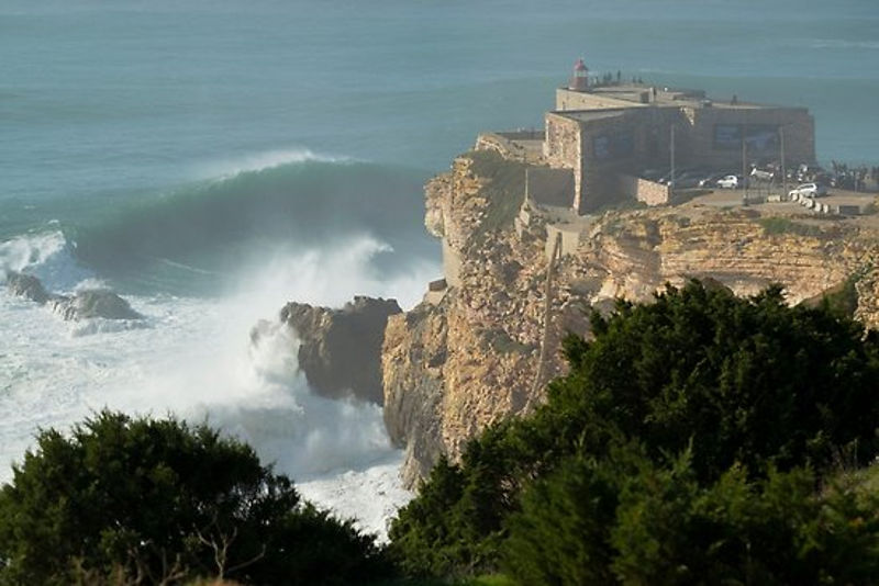 nazare_portugal_talasi_14