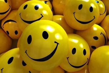 smiles-smile-yellow-1920x1080