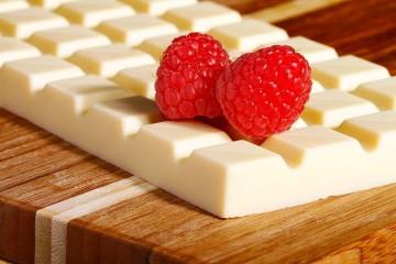 bela_cokolada_naslovna